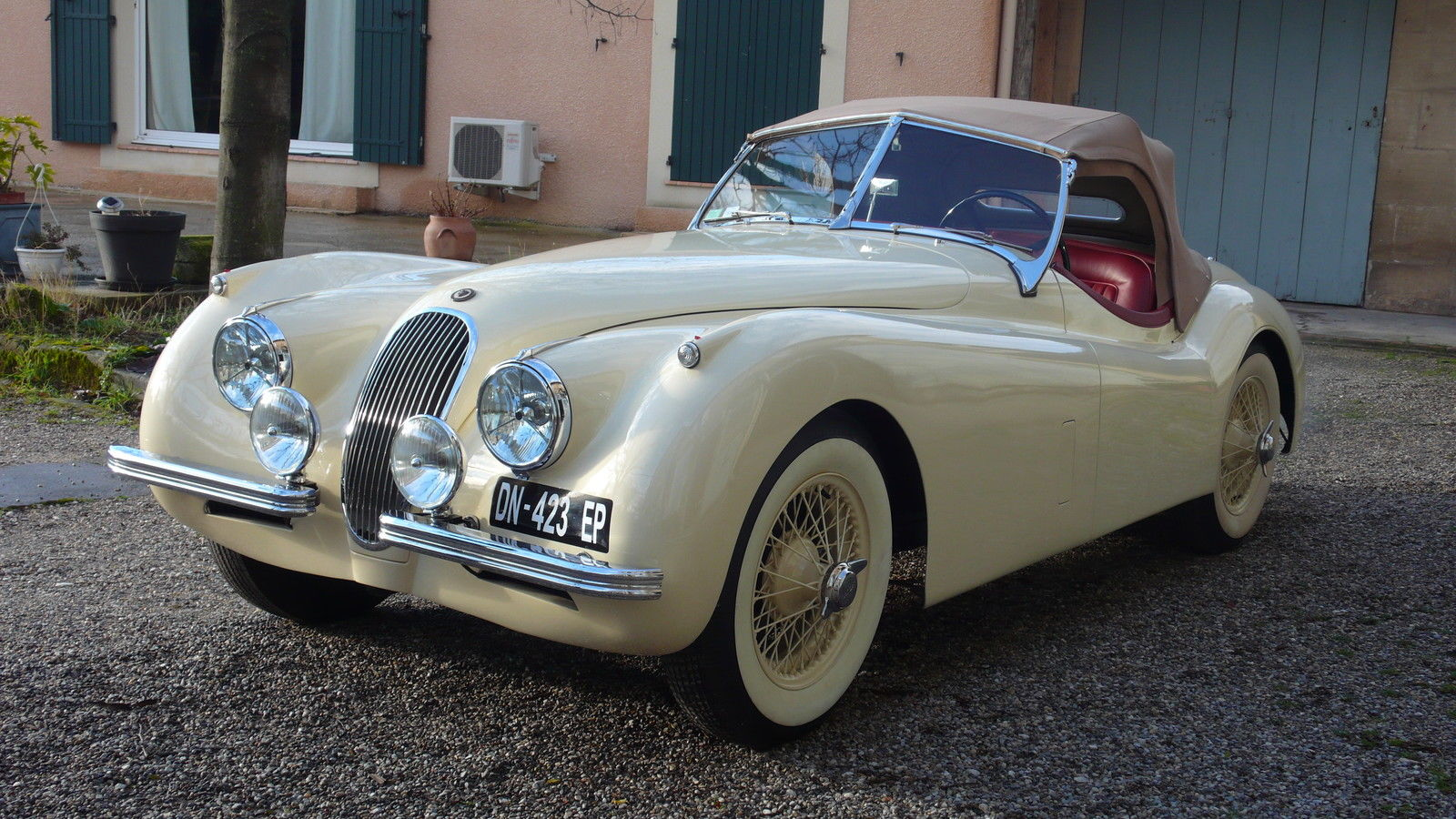 1953 jaguar xk 120 roadster for sale. Black Bedroom Furniture Sets. Home Design Ideas