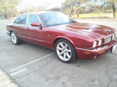 2002 Jaguar XJR V-8 for sale