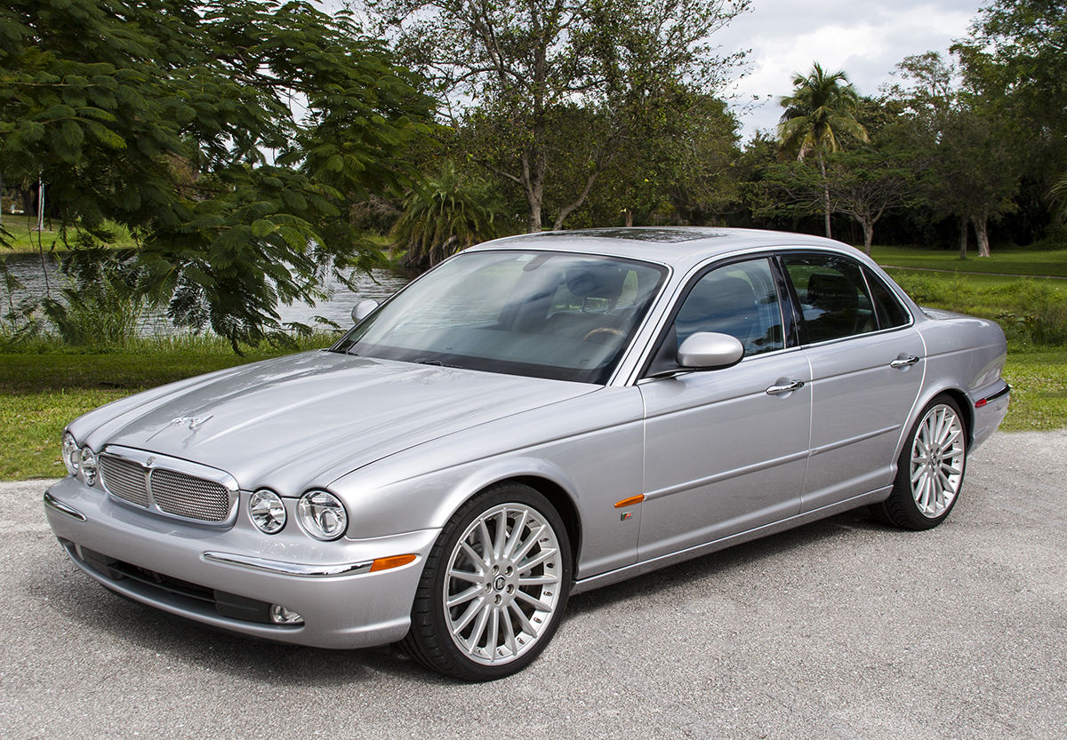 2004 Jaguar Xjr For Sale