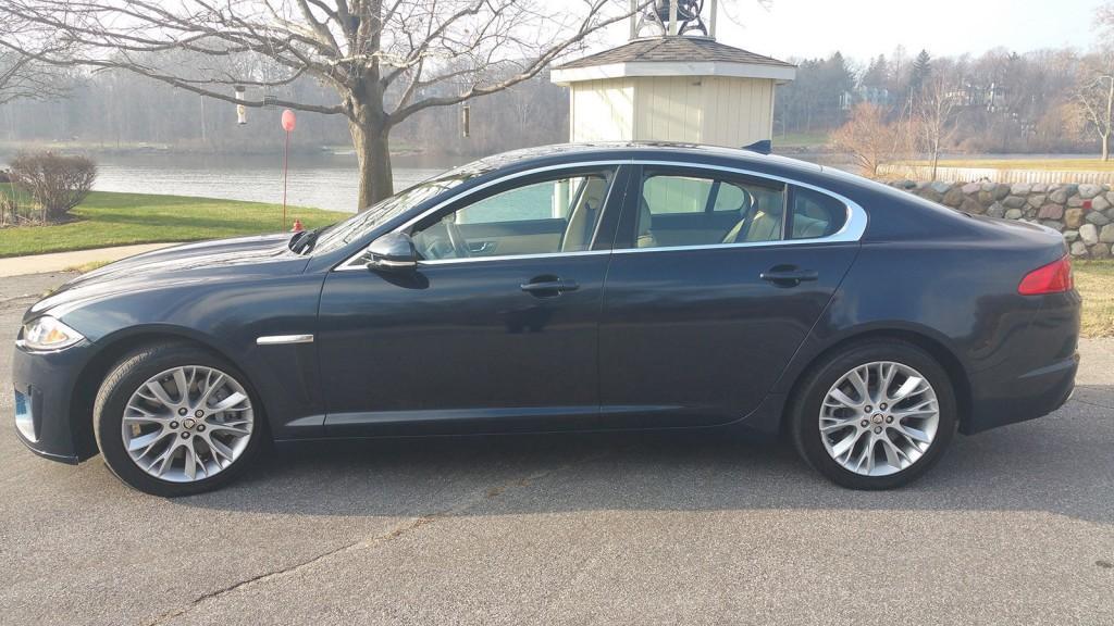 2013 Jaguar XF Portfolio Sedan 4 Door 3.0L