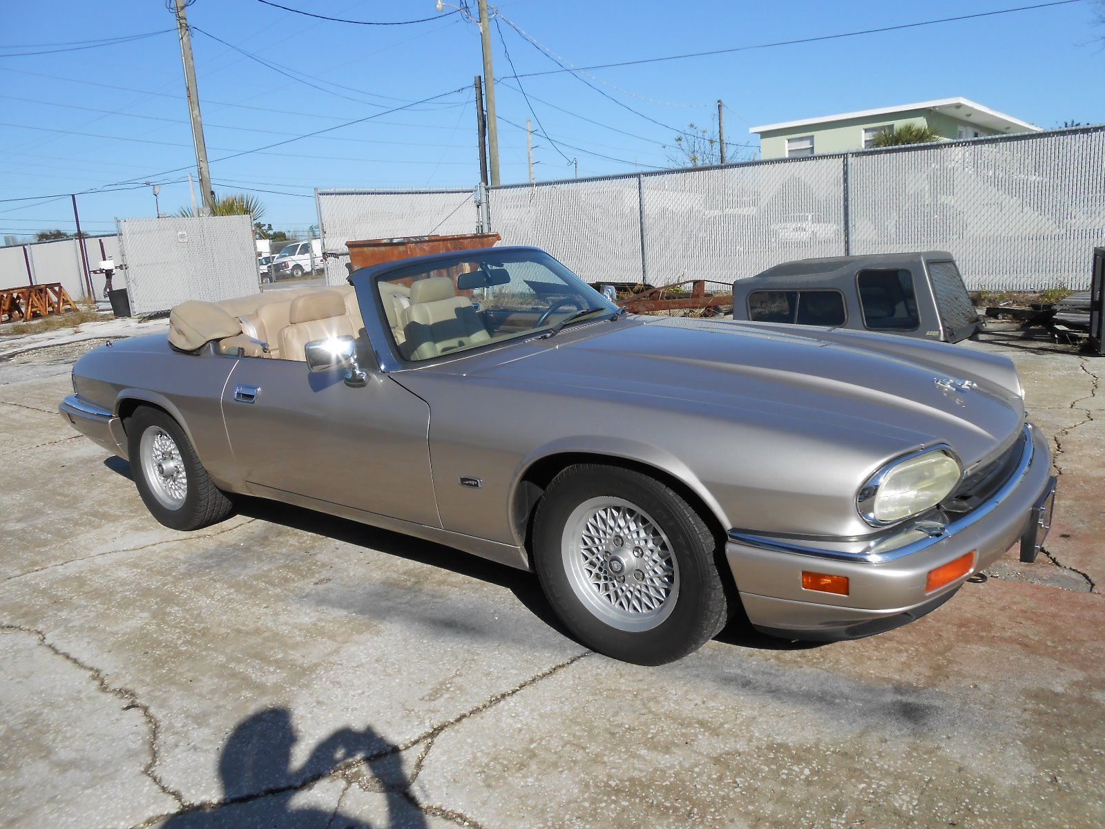 1994 jaguar xjs 2 2 convertible 4 0 for sale. Black Bedroom Furniture Sets. Home Design Ideas