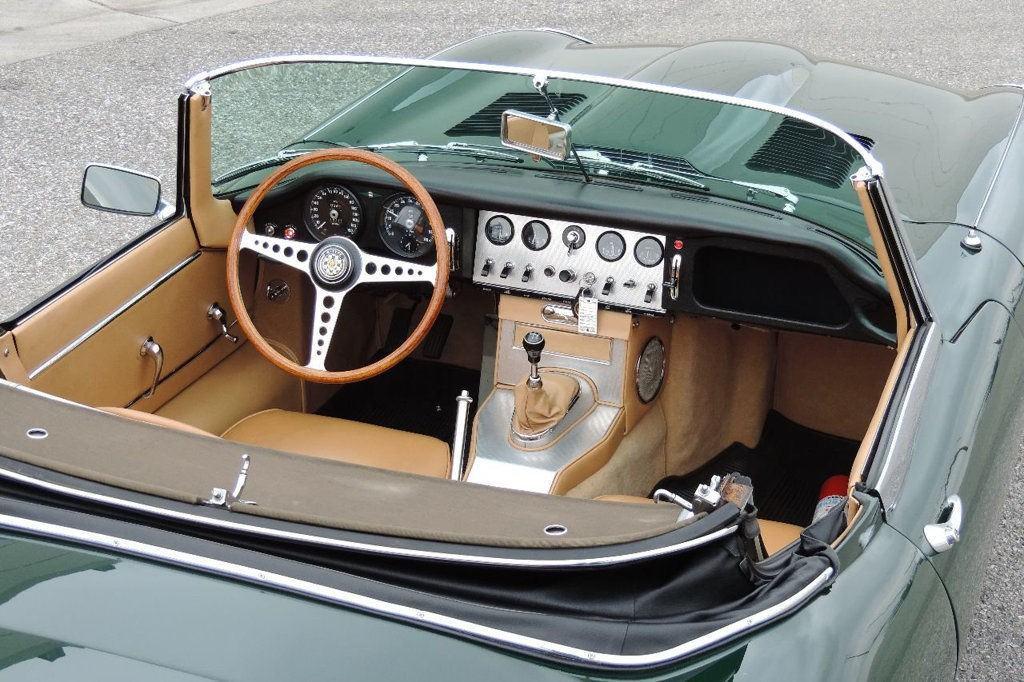 1963 Jaguar E Type roadster convertible