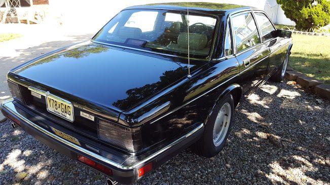 1989 Jaguar XJ Sedan