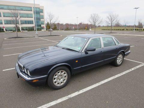 2002 Jaguar XJ8 – needs repair for sale