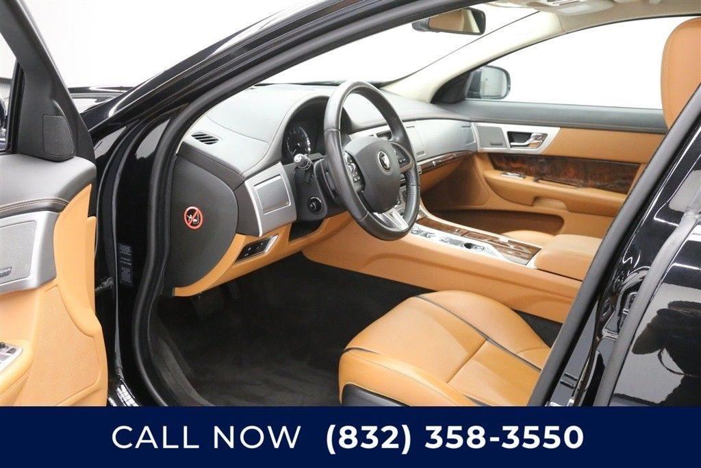 BEAUTIFUL 2015 Jaguar XF AWD 3.0 Portfolio 4dr Sedan