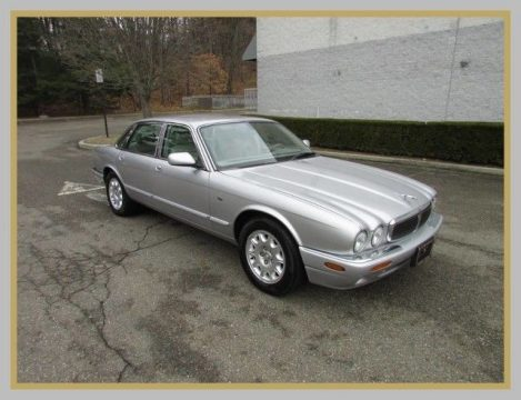 NICE 2001 Jaguar XJ for sale