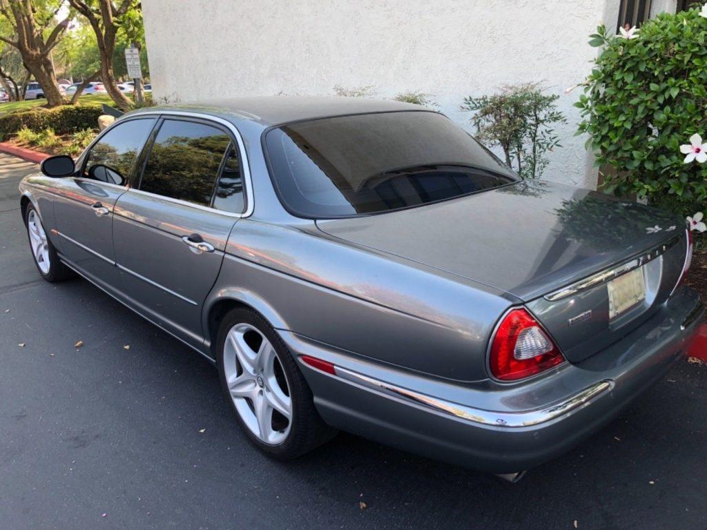2005 Jaguar XJ8 Vanden PLAS
