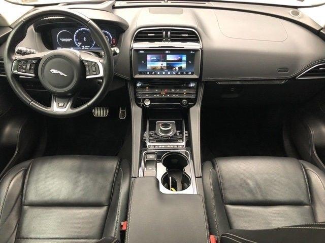 2017 Jaguar F Pace 35t R Sport AWD
